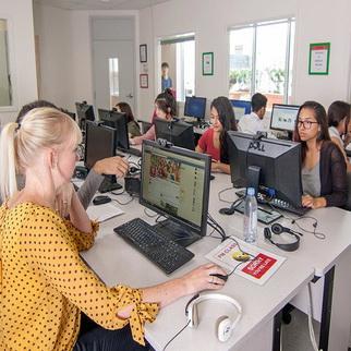 เรียนซัมเมอร์ต่างประเทศ English course at VanWest College Canada