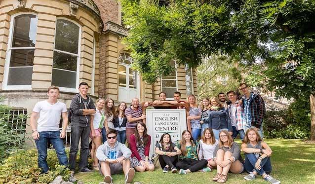 เรียนซัมเมอร์ต่างประเทศ ELC English Language Centre Summer Camp UK